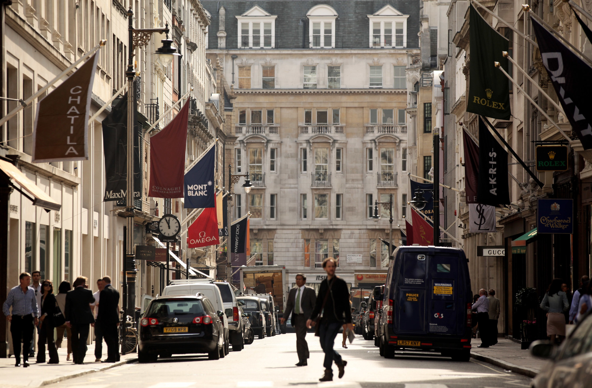 New Bond Street Has Become Europe's Most Expensive Avenue