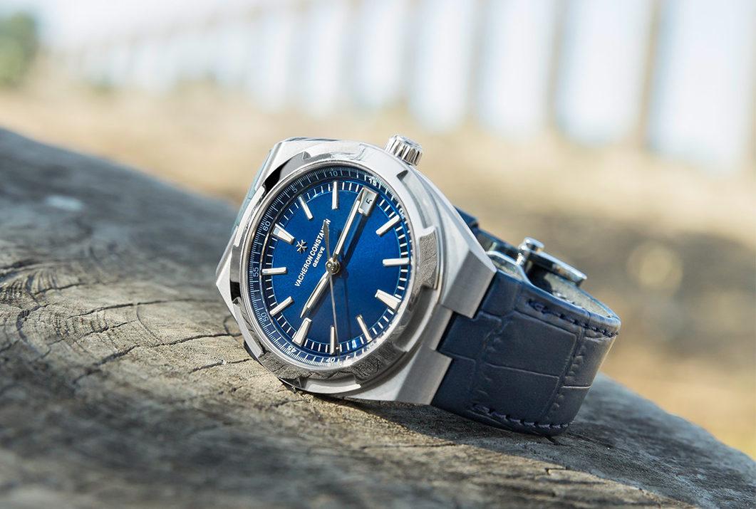 vacheron-constantin-overseas-chronograph-front