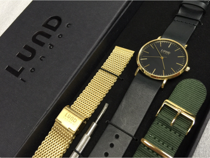 Series 3 Black, Gold