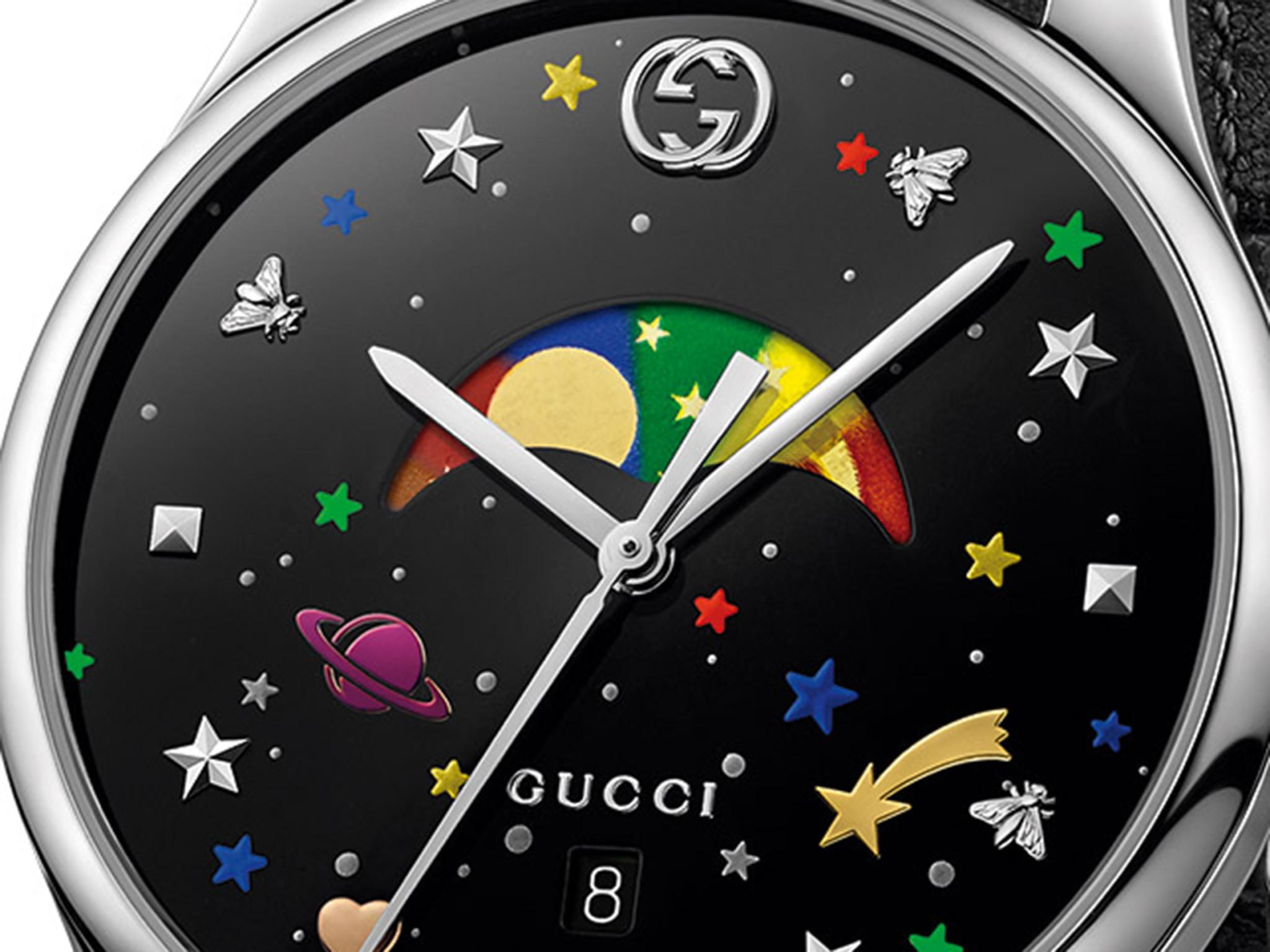 Gucci Timeless closeup