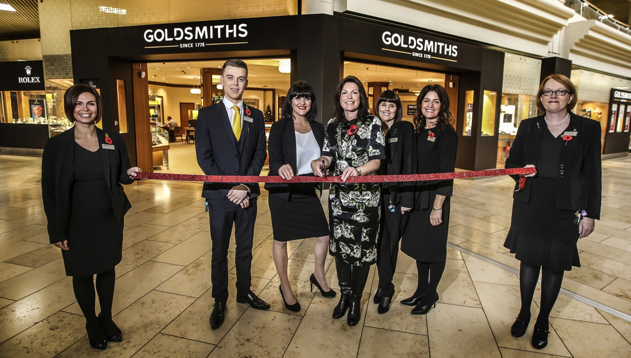 Goldsmiths intu Metrocentre unveils new showroom and brands