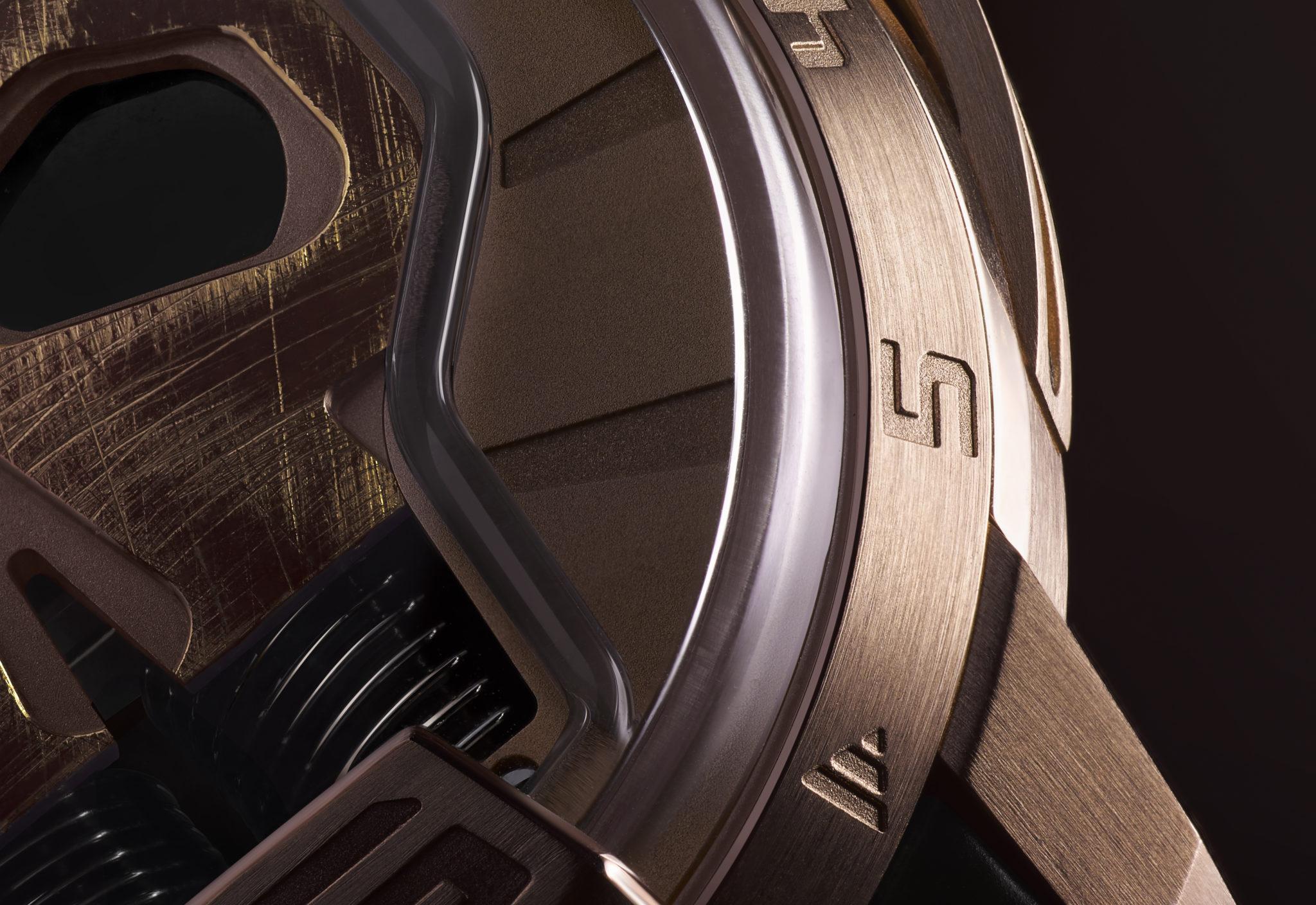 HYT-Skull48.8-Gold-CloseUp-2
