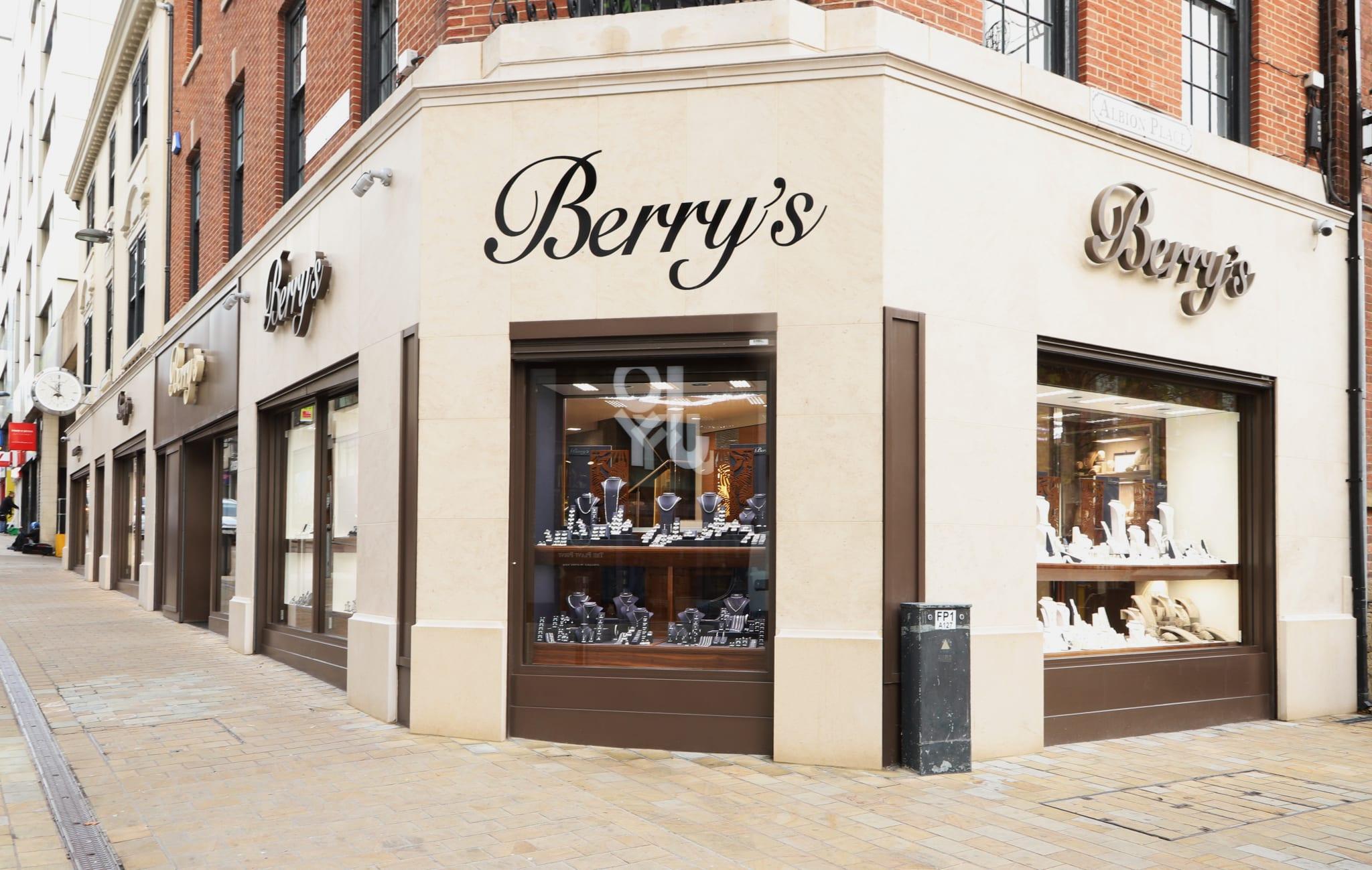 Berry's IMG_9346