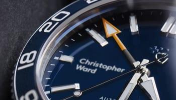 C60-Trident-GMT_MACRO-Blue