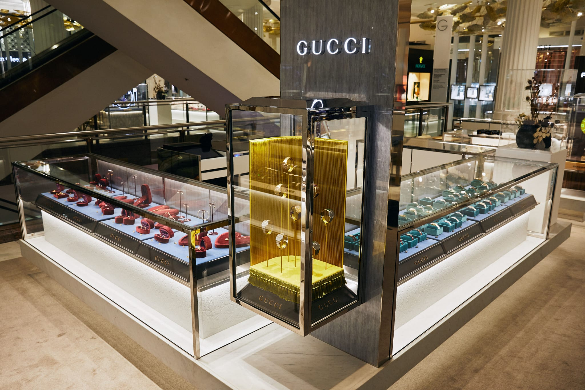 Selfridges Gucci display