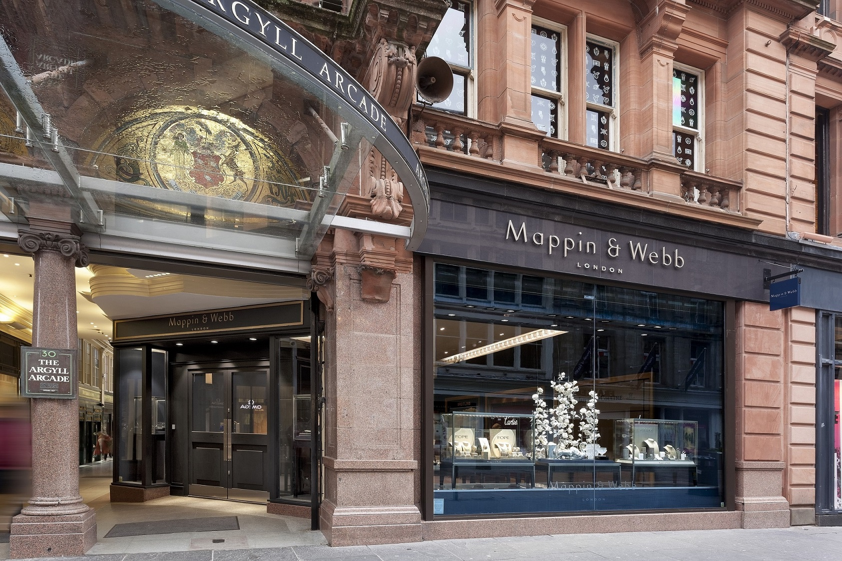 The-Mappin-Webb-showroom-in-the-Argyll-Arcade-2