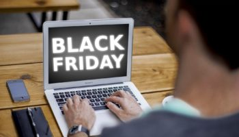 black-friday-4645768_1920